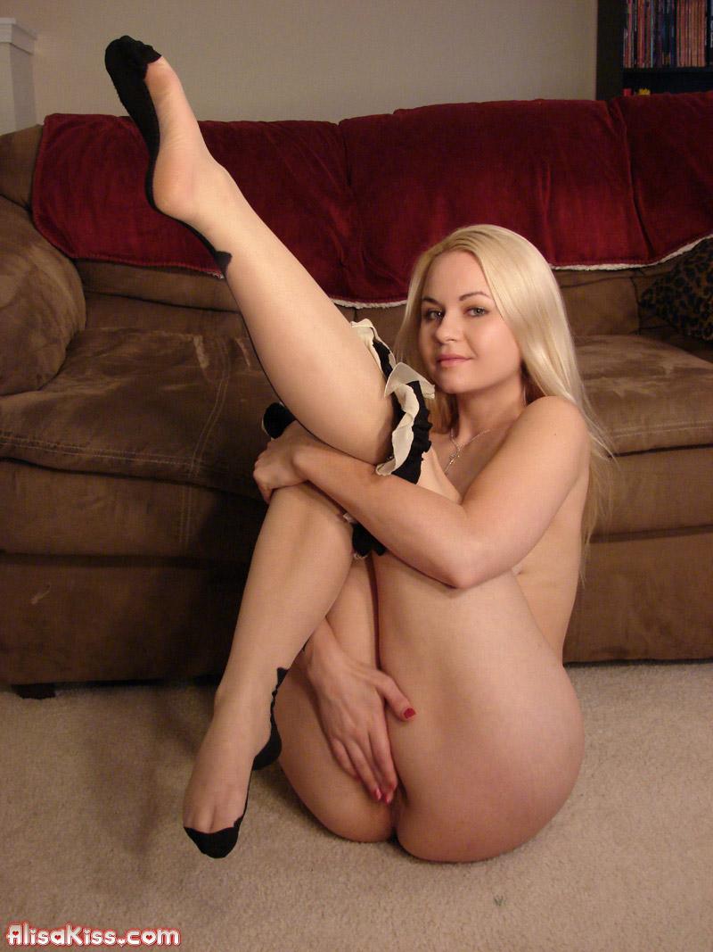 Girls strip pantyhose