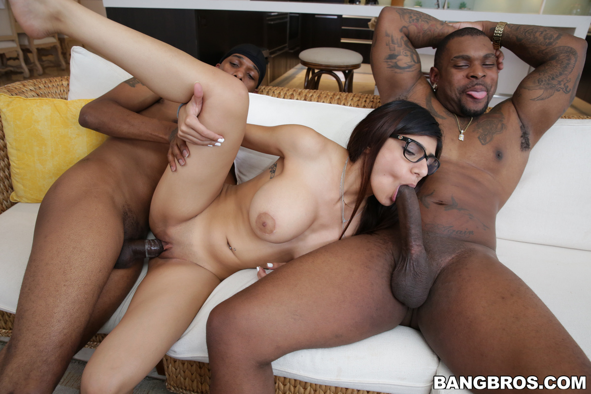 Bang casting dp star christie stevens gets a double facial 2