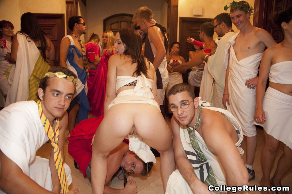 hot female toga nudes