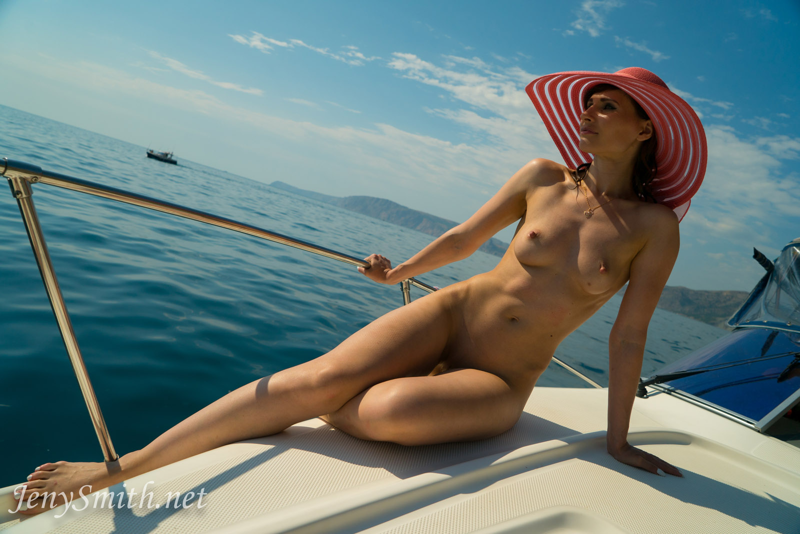 Hot body nude boat pity