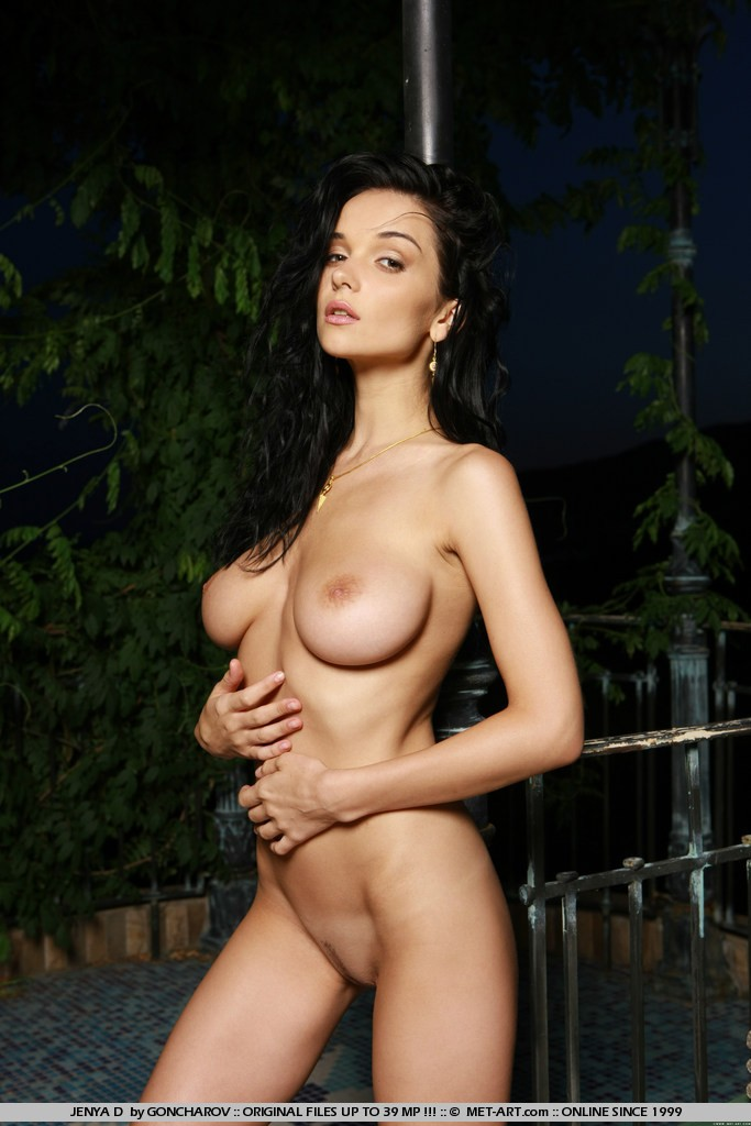 Womans nippels an breasts naked movies