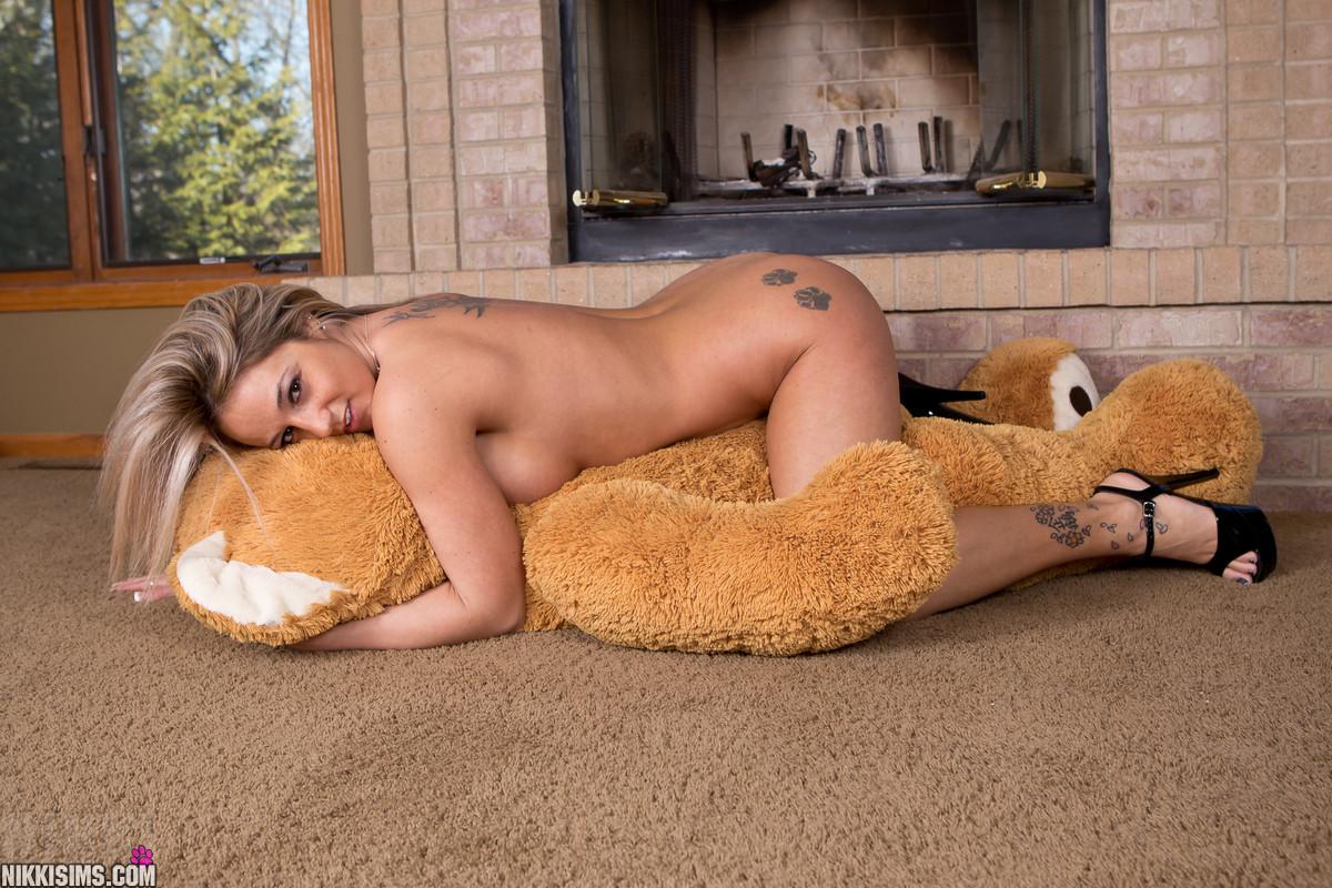 Pornstar with teddy bear yes