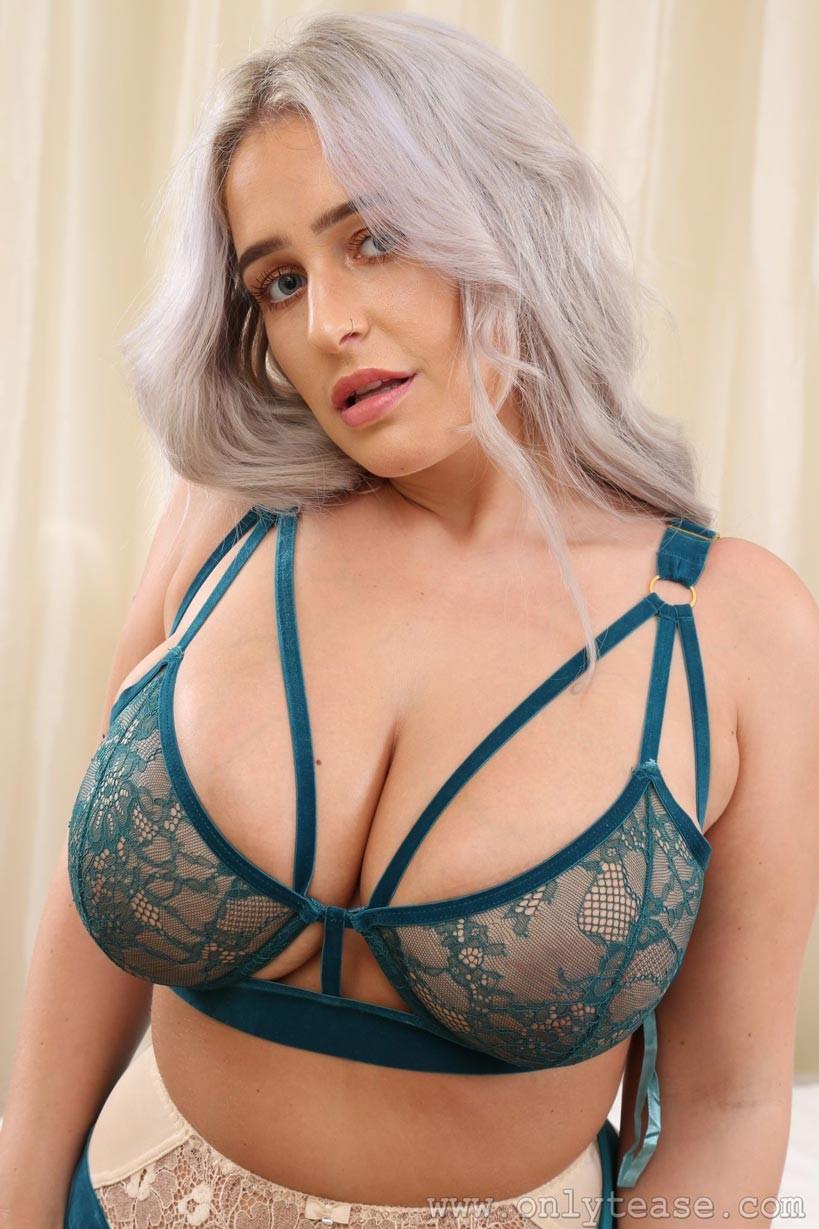 Paris Jade Busty Model  Girlznationcom-1053