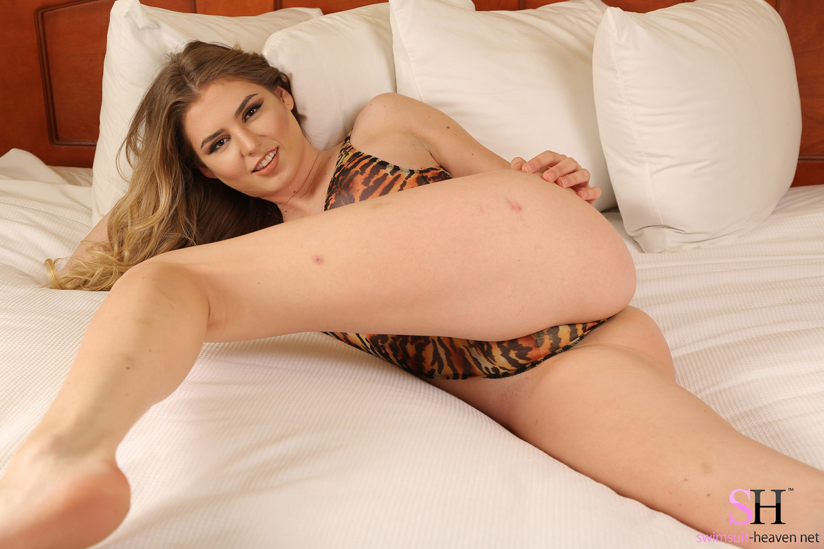bikini bed