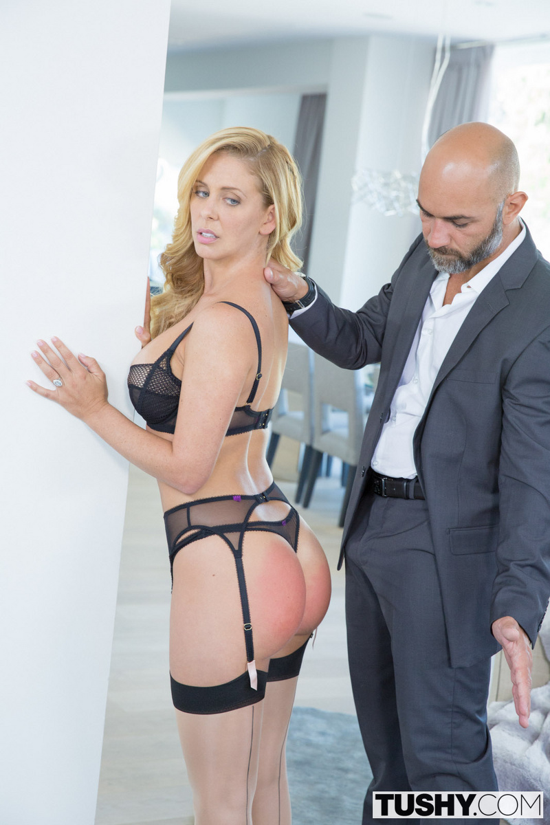 Cherie deville gets her mouth full of yummy cum 3