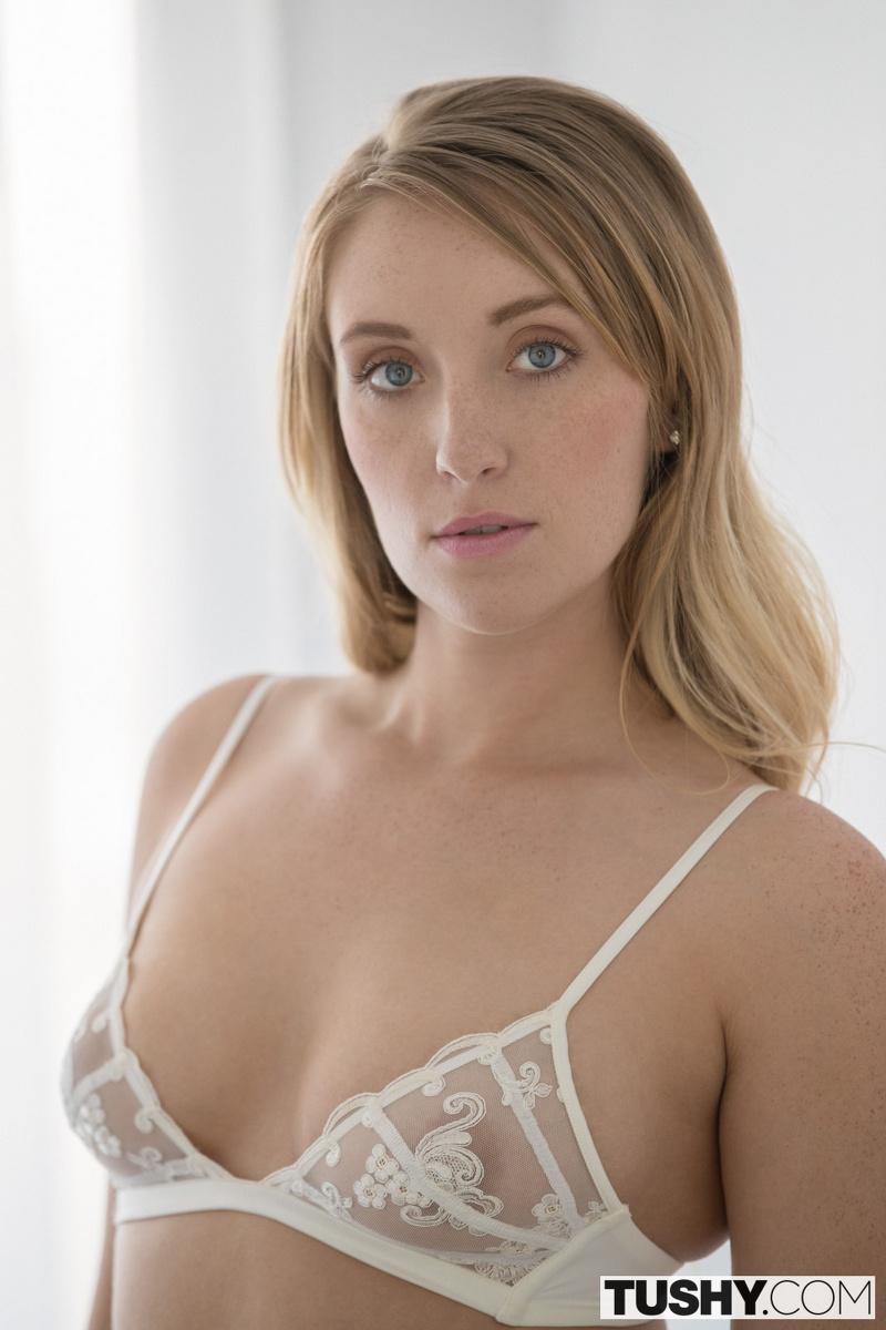 Harley Quinn Porn Videos  Pornhubcom