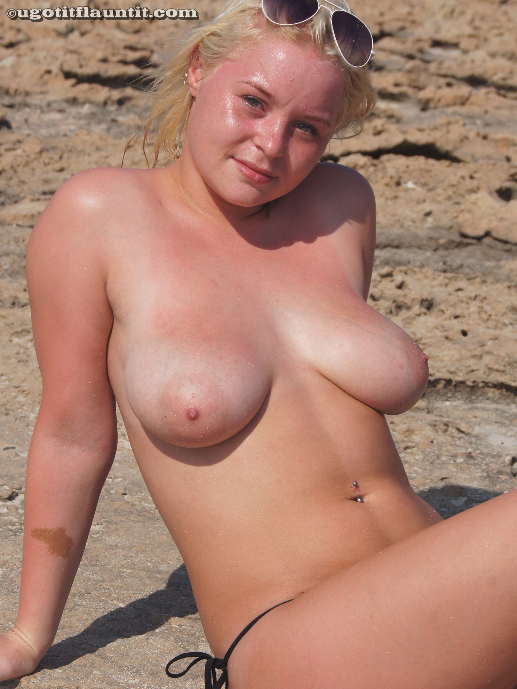 fat naked chick suntanning
