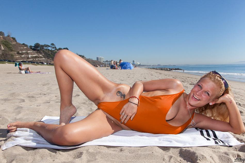 Girls Do Porn Sexy Tall Blonde Loves To Bone  ImagePostcom