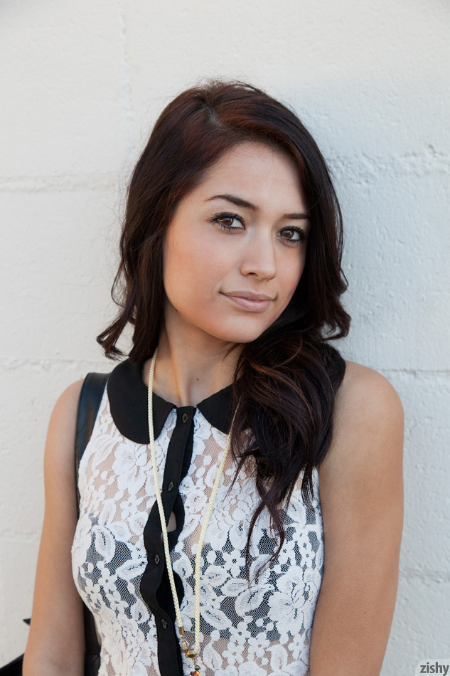 Delia Castillo Zishy
